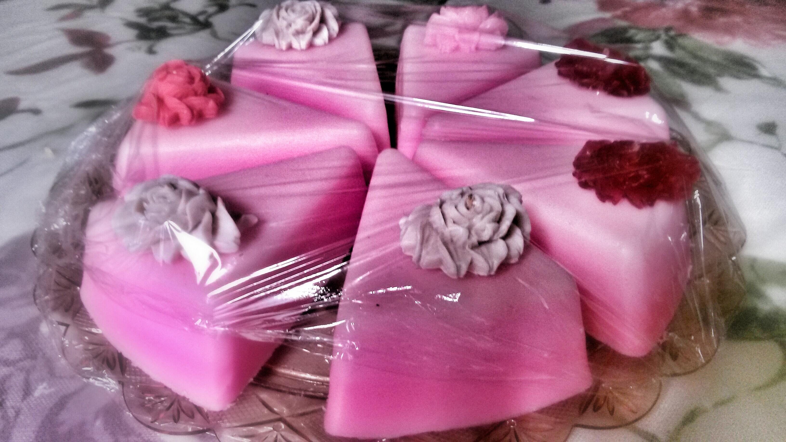 Τούρτα φράουλα από σαπούνι